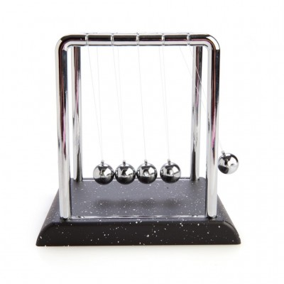 Newton's Cradle Desk Toy